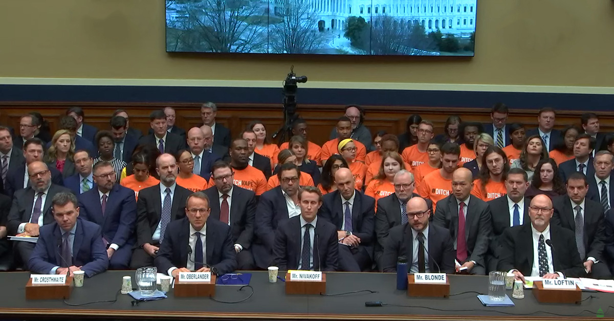 E-cigarette CEO hearing social