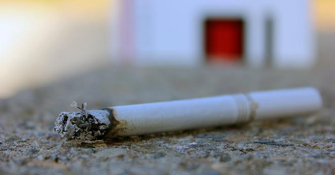 Corrective statement cigarette sidewalk