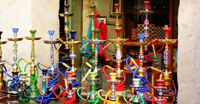 hookahs on table